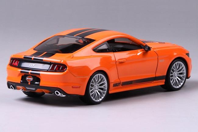 โมเดลรถ รถเหล็ก โมเดลรถเหล็ก โมเดลรถยนต์ Ford Mustang 2015 3