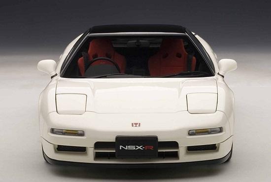 โมเดลรถ โมเดลรถยนต์ โมเดลรถเหล็ก รถเหล็ก honda nsx white 4