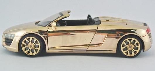 โมเดลรถเหล็ก โมเดลรถยนต์ Audi R8 ทอง 3