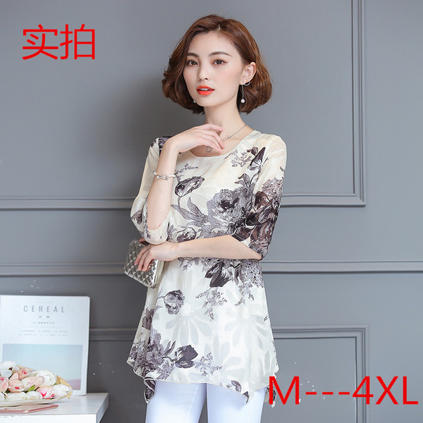เสื้อชีฟองสีดำพิมพ์ลายดอกไซส์ใหญ่ แขนสามส่วน ทรงปล่อยปกปิดหน้าท้องได้ดี (M,L,XL,2XL,3XL,4XL) B4287