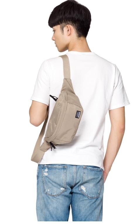 พร้อมส่ง!!! fashion กระเป๋าคาดเอว รุ่น Y2308 (สีกากี)