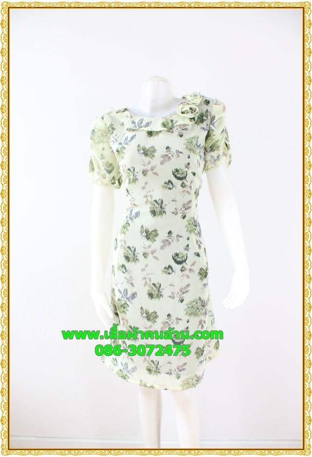 2921เสื้อผ้าคนอ้วน ชุดทำงานลายดอกสีเขียวตองอ่อนคอระบายม้วนกุหลาบด้านข้างเก๋สไตล์หวาน