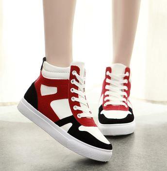 รองเท้าผ้าใบหุ้มพื้นหนาสไตล์เกาหลี