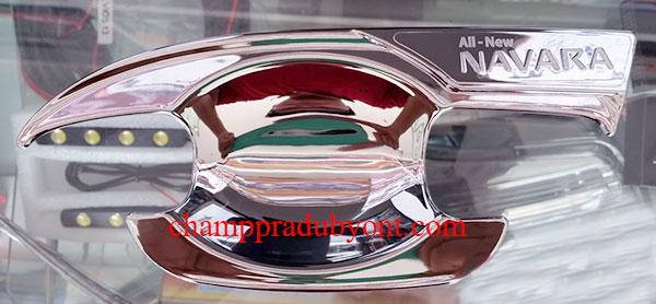 ถ้วยรองมือเปิดประตูโครเมี่ยม NISSAN NAVARA 14-16 (V.3)