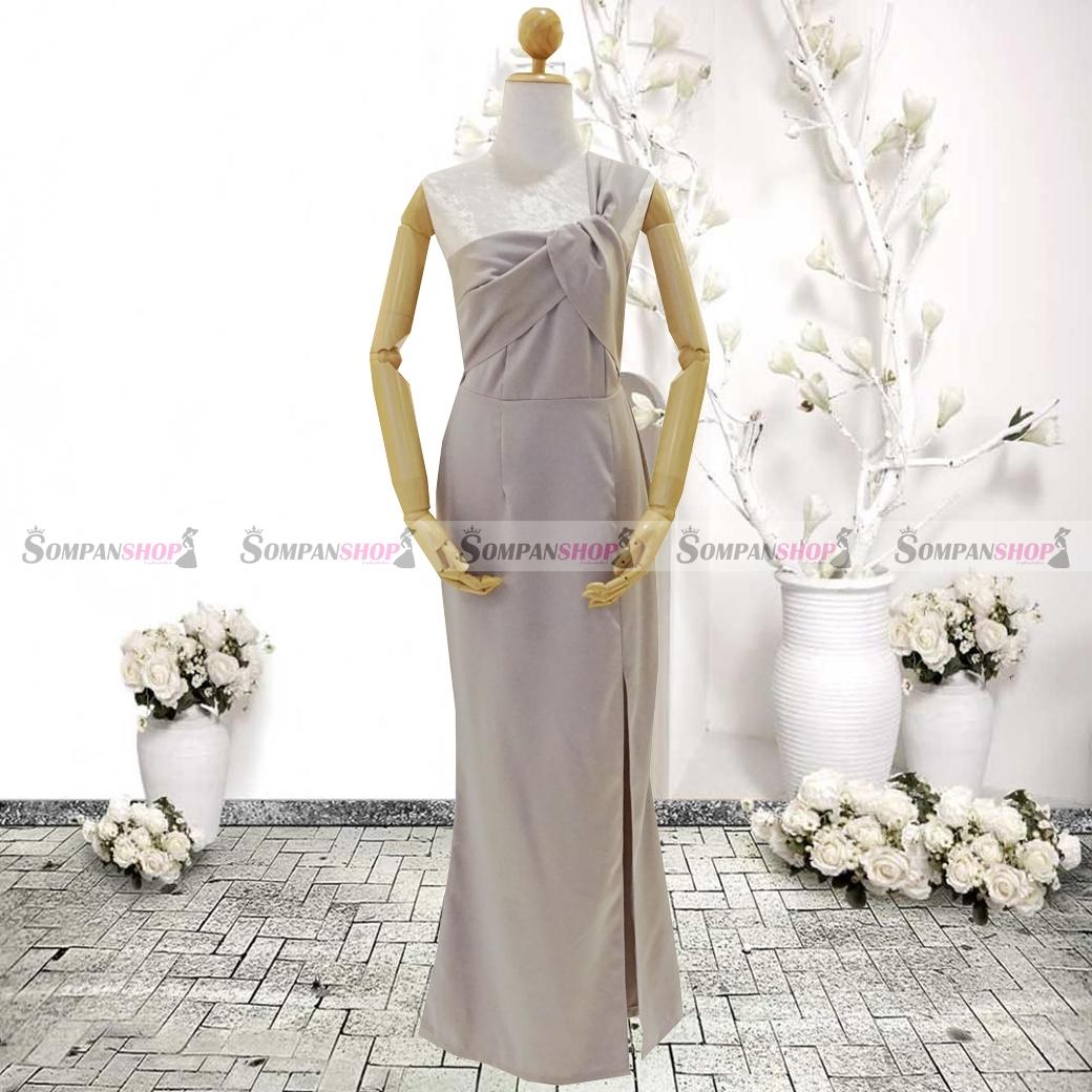 ชุดเดรสออกงานสีเทา ไหล่เฉียงข้าง จับจีบสวยๆสุดเก๋ ลุคเรียบๆ สวยหรู ดูสง่า เหมาะสำหรับใส่ออกงาน ไปงานแต่งงาน ( พร้อมส่ง )
