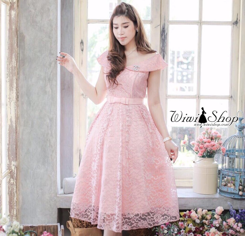 ชุดสวยๆ ใส่ออกงาน ไปงานแต่งงาน สีชมพู ผ้าลูกไม้เนื้อดีเกรดพรีเมี่ยม เปิดไหล่ กระโปรงทรงสุ่ม สวยๆสไตล์เจ้าหญิง