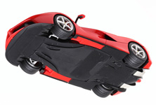 As modeling fans have come to expect, the underside of the model also features great accuracy.