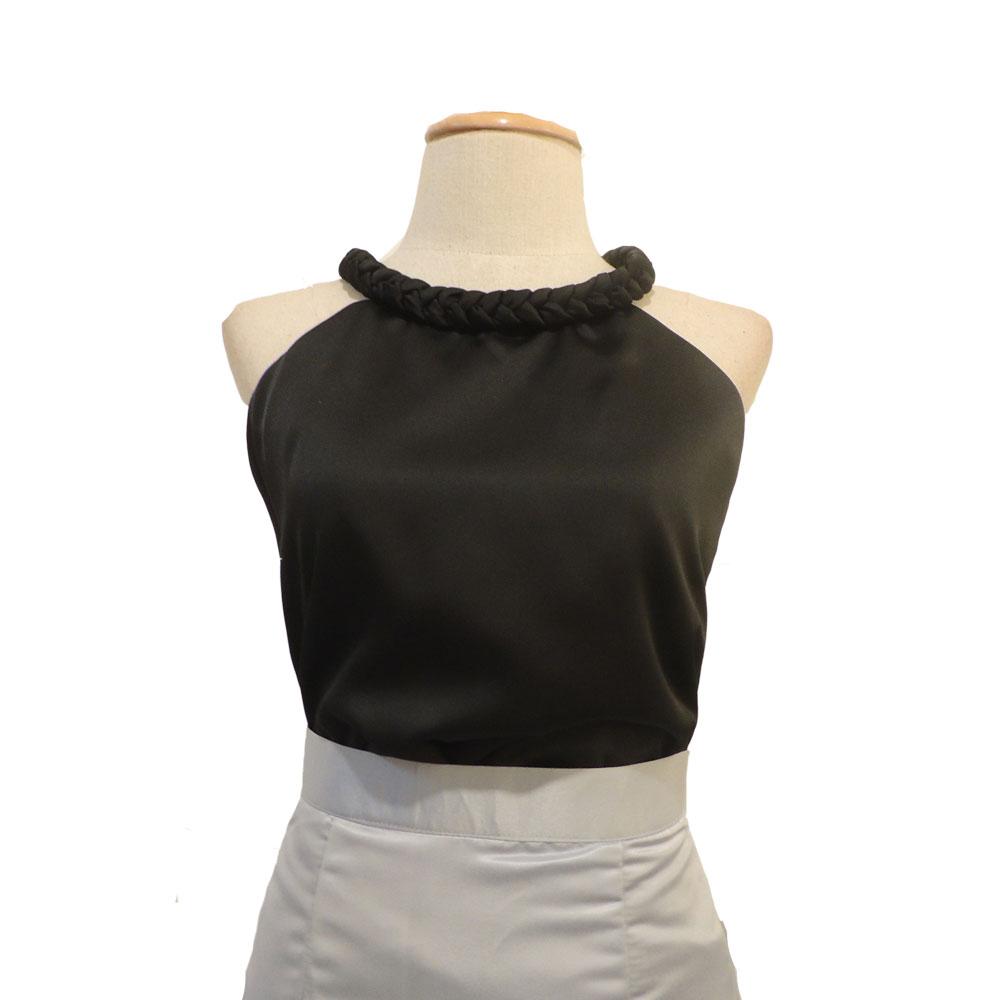 เสื้อออกงานสีดำ คอเปียใหญ่ แขนกุด ผ้าซิลค์ซาติน