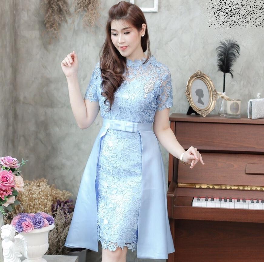 ชุดเดรสออกงาน ชุดไปงานแต่งงานสีฟ้า เดรสลูกไม้เข้ารูปสวยหรู + แถมเข็มขัดผ้าไหมระบายข้าง สามารถถอดได้