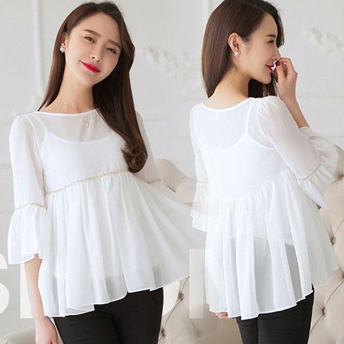 เสื้อแฟชั่นสีขาว ผ้าชีฟอง จับจีบระบายสวยเก๋ ลุคสวยๆในวันสบายๆ