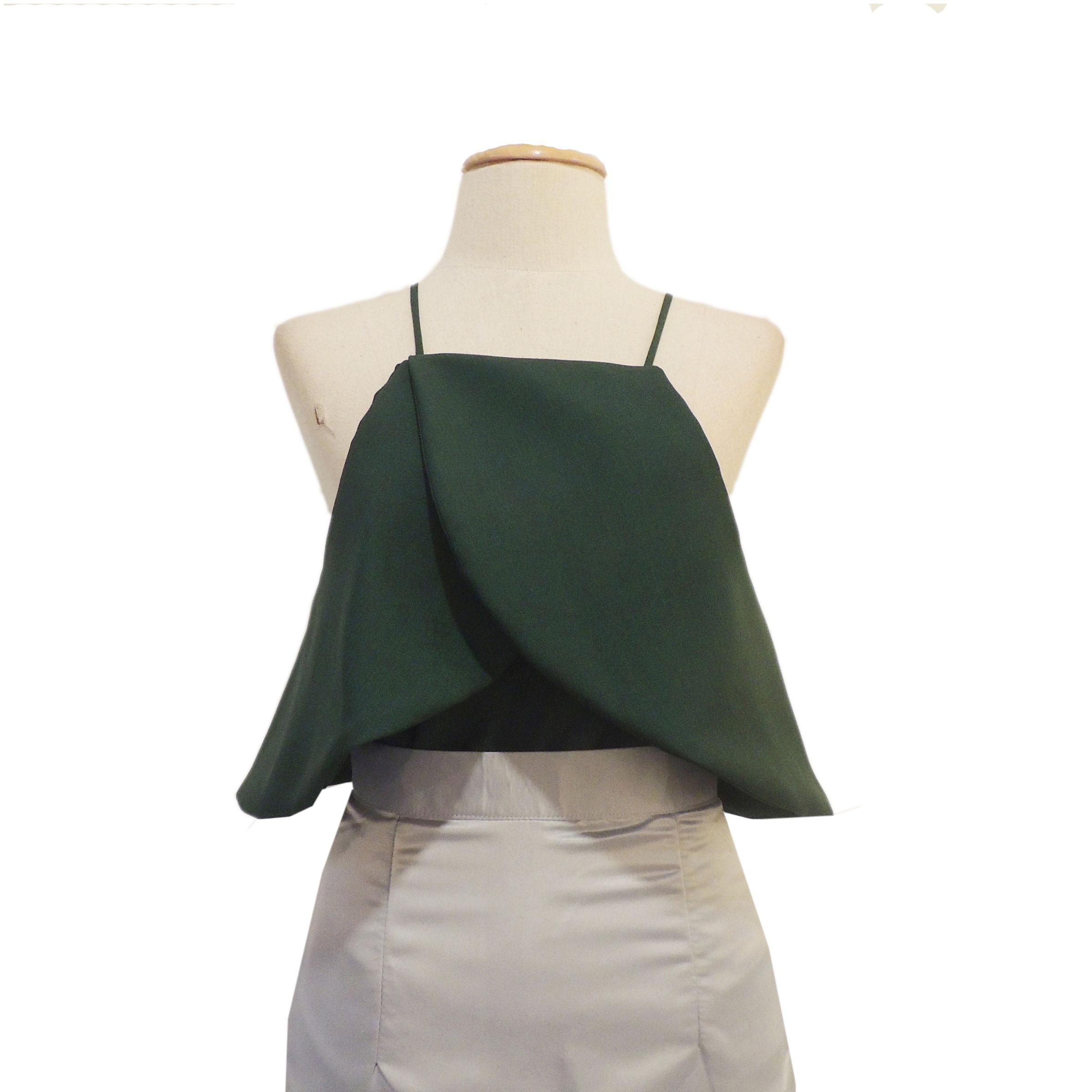 เสื้อออกงานสีเขียว เปิดไหล่ คล้องแขน