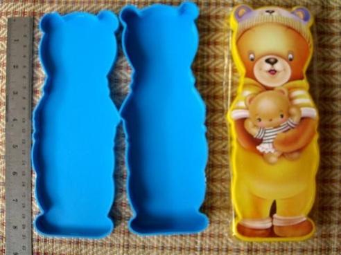 กล่องดินสอพลาสติกหมีฝาเปิด90บาทต่อโหล