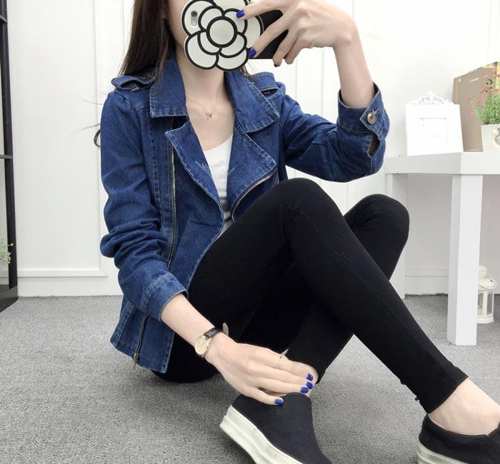เสื้อยีนส์ผู้หญิง แจ็คเก็ตยีนส์ เสื้อคลุมยีนส์ สีน้ำเงิน คอปกแบบซิบรูด เท่ๆ