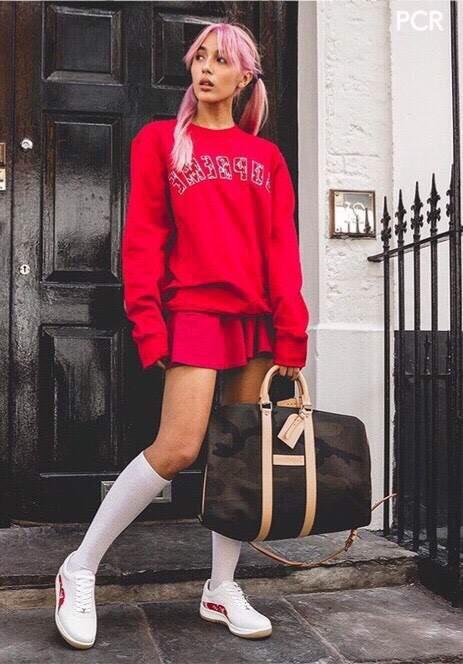 เสื้อสเวตเตอร์ปักแพทผ้าขนลายตัวอักษร Supreme ลายด้านในลายโลโก้ Louise Vuitton งานแบรนด์ LV ft.Supreme ดีเทลเนื้อผ้า Cotton 100% เนื้อหนานุ่มใส่สบายไม่ย้วยเกรดพรีเมี่ยมอย่างดี