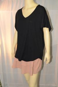 ESPRIT เสื้อยืดทรงผีเสื้อ คอวี สีดำ แขนกุด ผ้านุ่มเนื้อดีไม่หนา