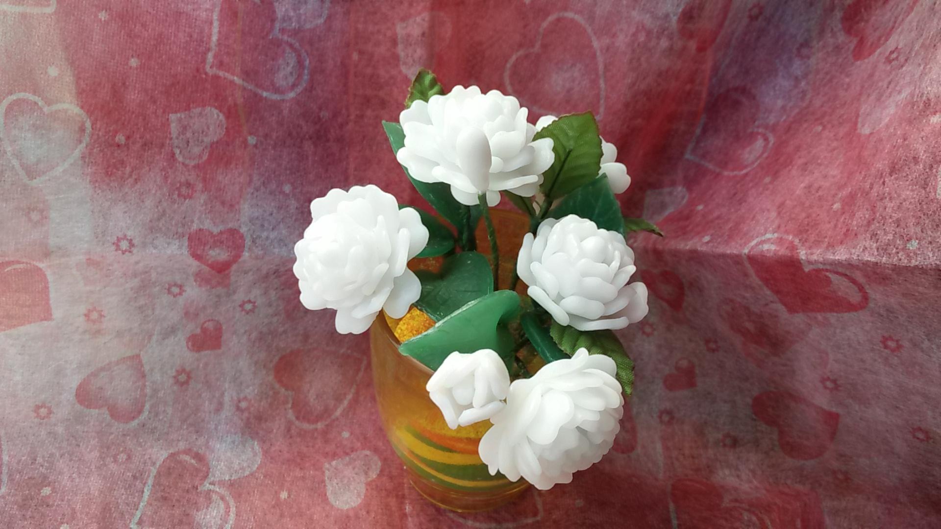 เทียนช่อดอกมะลิในแก้วเหลืองสวย 6 ดอก