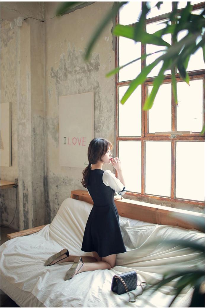 ชุดเดรสแฟชั่นเกาหลีสีกรมแขนสั้นน่ารักๆ