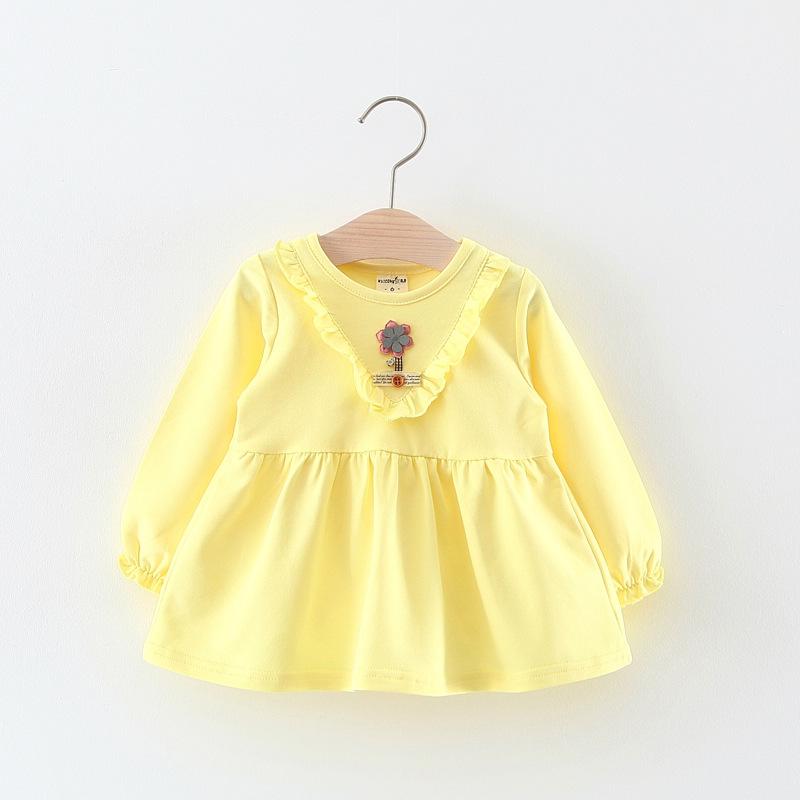 ชุดเดรสแขนยาวสีเหลืองแต่งดอกไม้กลางอก [size 6m-1y-2y-3y]