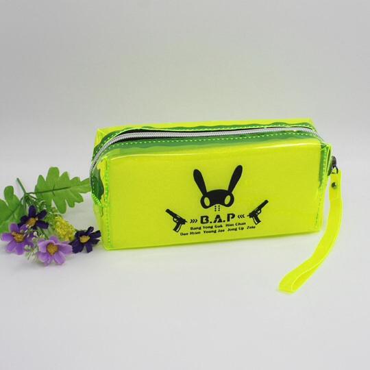 กระเป๋าดินสอเรืองแสง B.A.P สีเหลือง