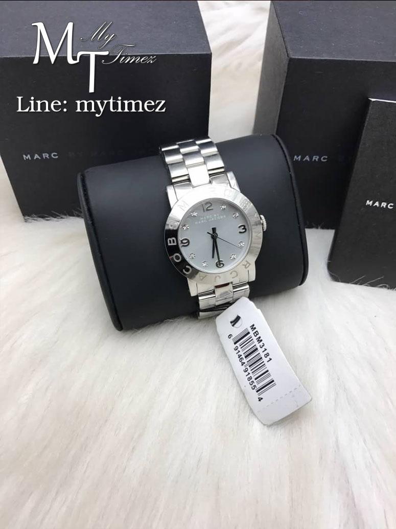 นาฬิกาข้อมือ Marc Jacobs Amy Crystal Silver Bracelet Watch MBM3181
