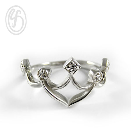 แหวนเงินเกลี้ยง เงินแท้ 92.5% แหวนมงกุฎ ฝังเพชรสังเคราะห์ cz