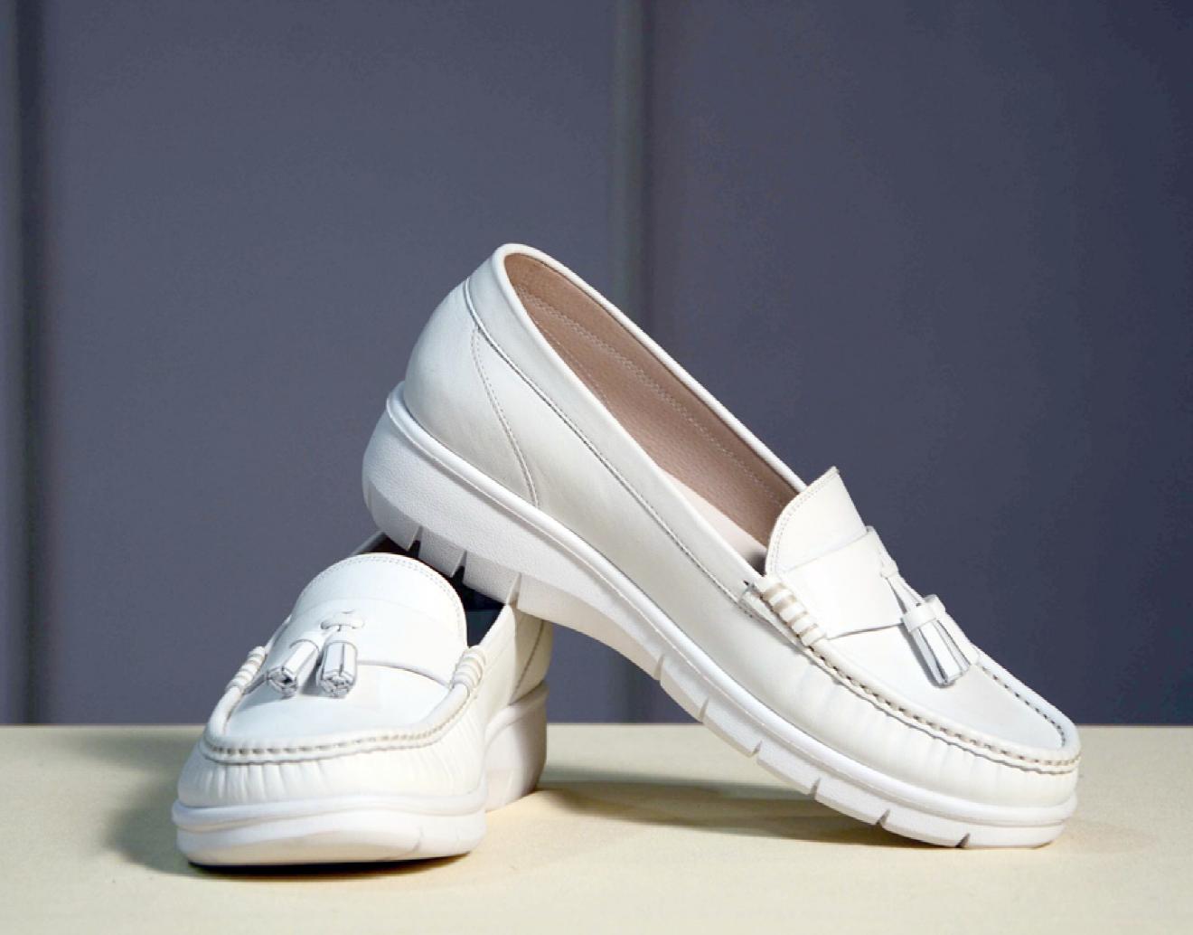 C03040 รองเท้าหนัง CUMI