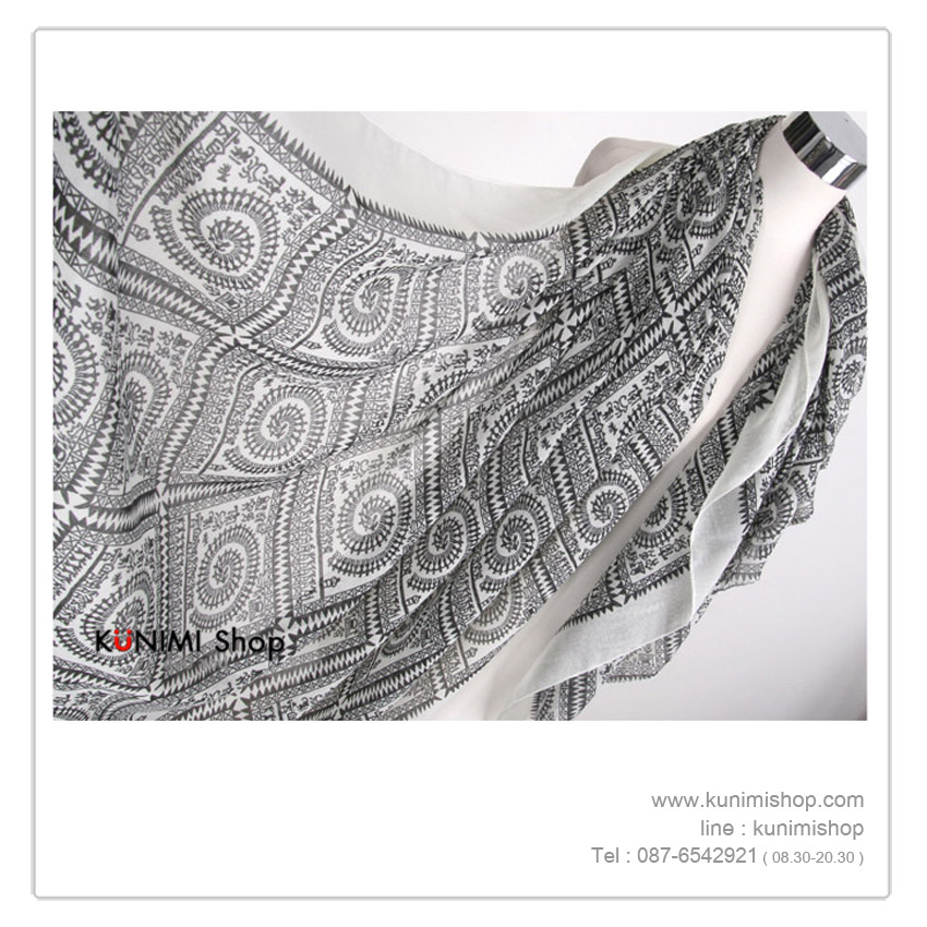 ผ้าพันคอ แฟชั่น ลายสวยเก๋ แบบบาง สามารถใช้พันคอ คลุมไหล่ สวยดูดี ใช้ได้ทุกโอกาส มีให้เลือกหลายสีคะ ขนาด : FREE SIZE ผ้า : Voile
