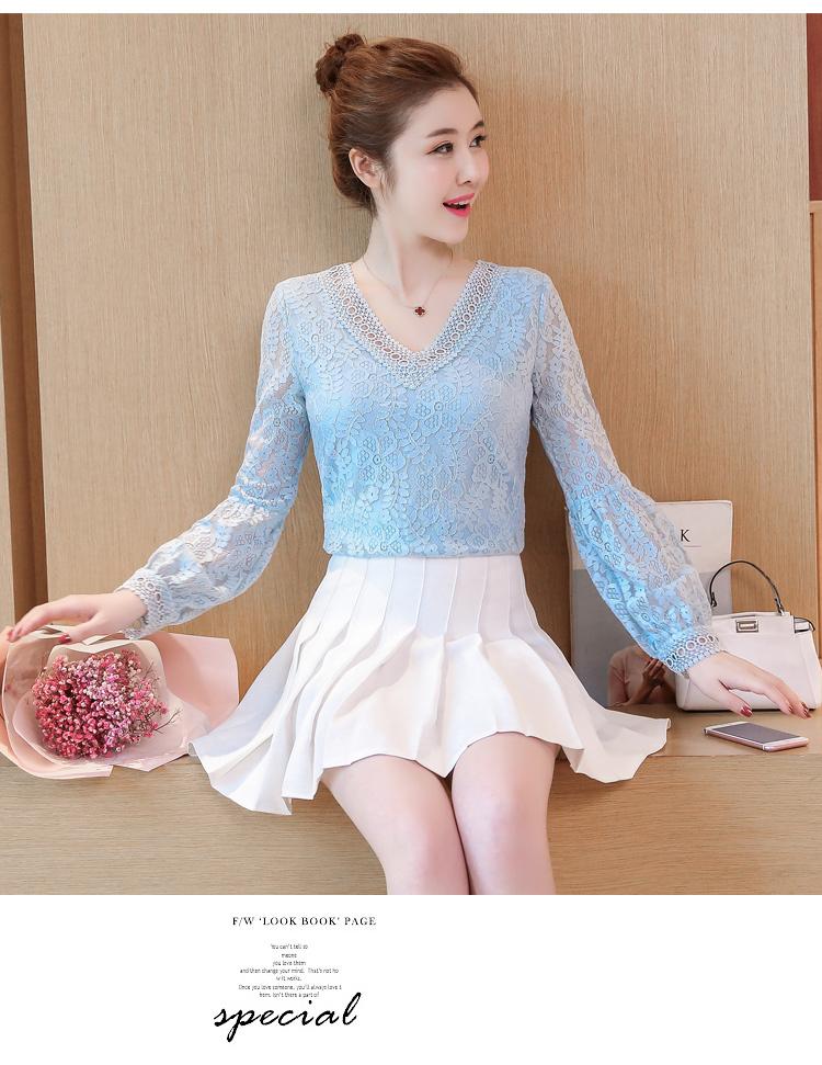 KTFN เสื้อแฟชั่นแขนยาวผ้าลูกไม้ไฮเอ็นด์ ปลายแขนตุ๊กตา คอวี สีฟ้าตามภาพ