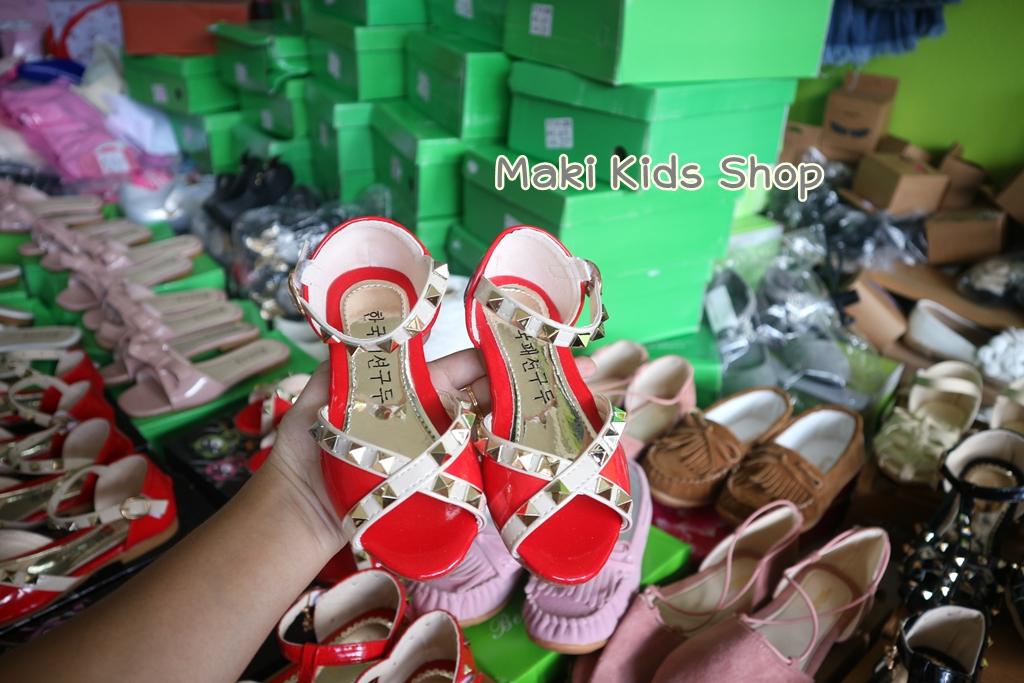 รองเท้าแฟชั่นเด็กผู้หญิง สีแดง