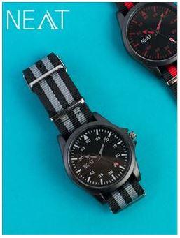 นาฬิกาข้อมือ Neat