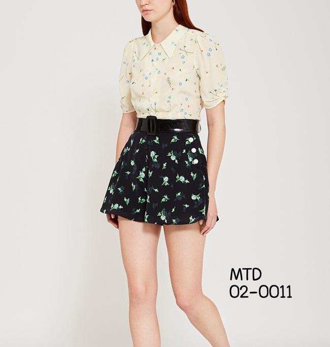 ชุดเซทแฟชั่น เซตเสื้อเชิ้ตแขนสั้นแต่งคอปก งานพิมพ์ลายดอกไม้รอบๆตัวเสื้อ