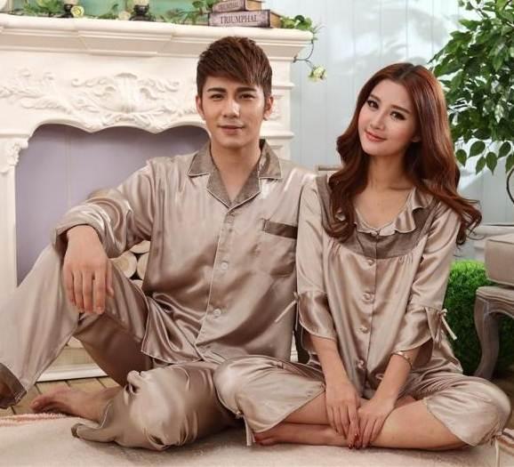 Pre Order ชุดนอนคู่รักเกาหลี เสื้อเชิ้ตผ้าไหม แขนยาวคอปก+กางเกงขายาว สีตามรูป