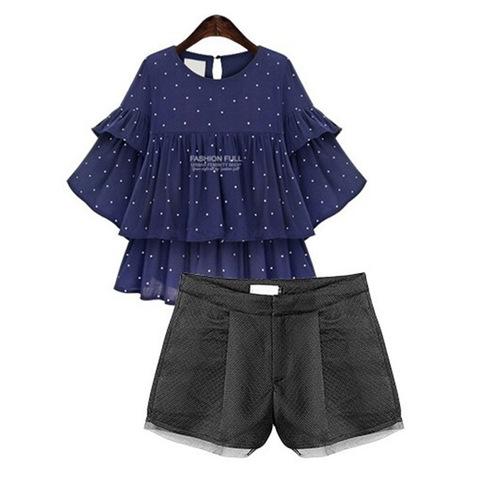PreOrderคนอ้วน - เซตคู่ คนอ้วน ไซส์ใหญ่ ผ้าโพลิเอสเตอร์ เสื้อลายจุดเย็บเป็นชั้นระบายสีน้ำเงิน กางเกงขาสั้นสีดำ