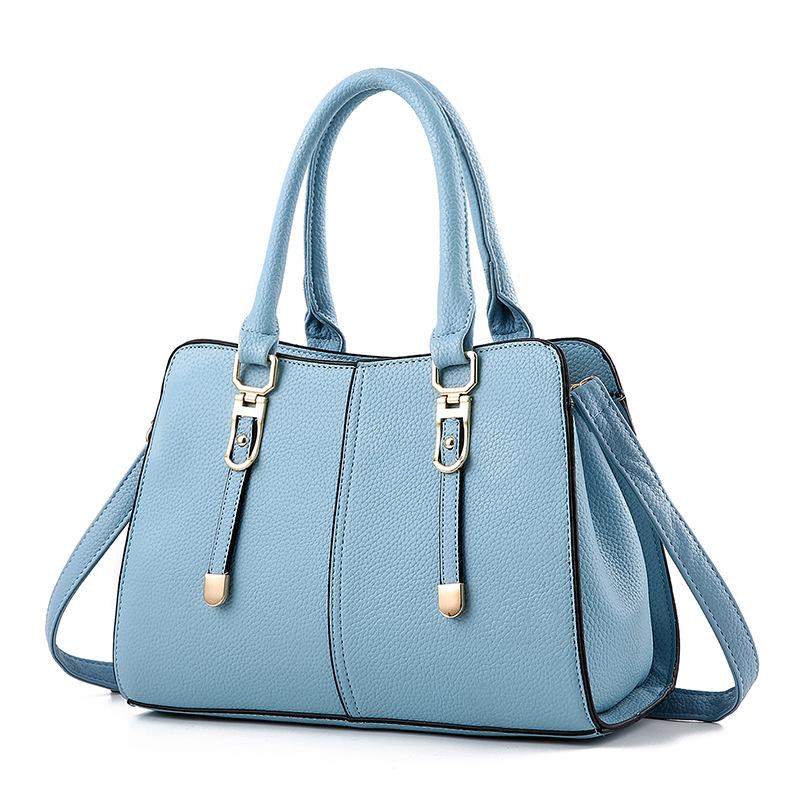 Pre-order กระเป๋าผู้หญิงถือและสะพายข้าง เรียบหรู แฟชั่นสไตล์ยุโรป รหัสKO-256 สีฟ้า